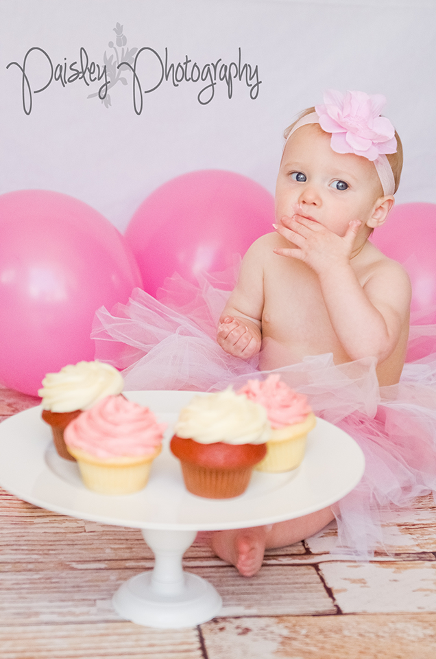Jaelyn Turns 1 ~ Calgary Children's Photographer