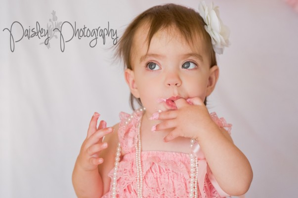 Kaydence's Turns One ~ Cake Smash Photography Calgary