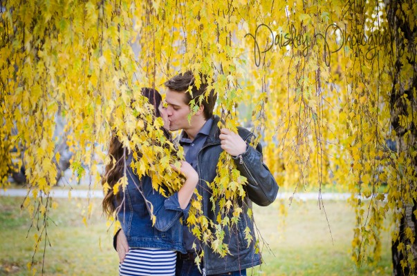 {Mark+Rosalind} Calgary 17th Ave Engagement – Calgary Wedding Photographer