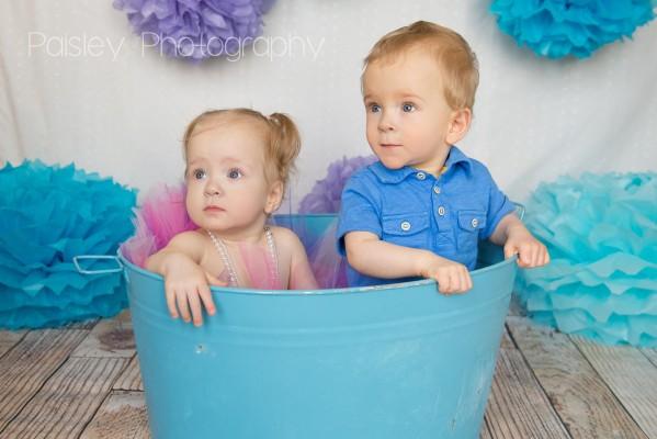 Jaxson & Haylee are One! – Calgary Family Photographer