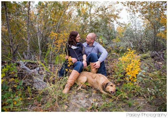Justin & Katrina's Puppy Family Session – Calgary Fishcreek Park Family Photography