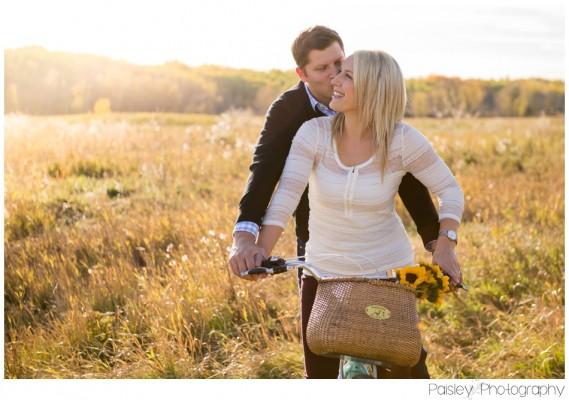 C+J's Cruiser Bike Engagement Photos – Calgary Engagement Photographer
