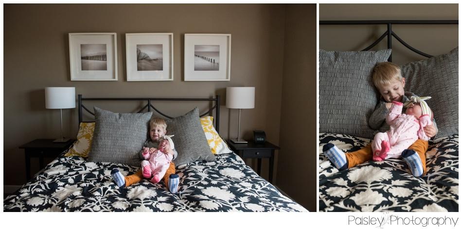 Calgary Newborn Photography, Calgary At Home Newborn Photos, Calgary Lifestyle Photography, Sibling Love, Newborn Photos, Baby Sister, Calgary Lifestyle Photography, okotoks Newborn Photographer