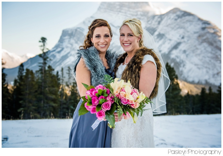 Bridesmaid Photos, Bridal Party Photography, Winter Wedding, Winter Wedding Photography, Banff Wedding, Banff Wedding Photography, Buffalo mountain Lodge, Buffalo Mountain Wedding Photographer, Pink Rose Bouquet, Mountain Wedding, Rocky Mountain Wedding