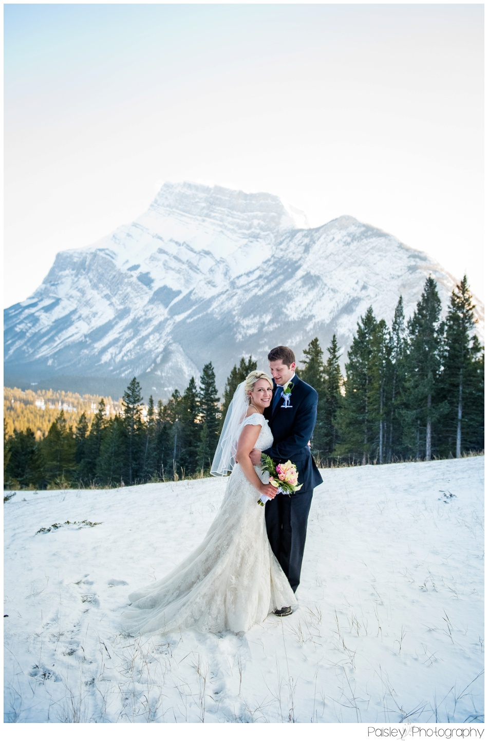 Bride & Groom, Mountain Bride, Mountain Wedding, Banff Mountain wedding, Banff Wedding Photographer, Banff Photographer, Tunnel Mountain Wedding, Destination Wedding, Destination Wedding Photographer