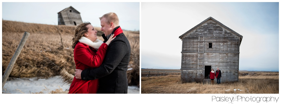 High River Engagement Photography, NAnton Engagement Photography, High RIver Wedding Photographer, Winter Engagement Photography, WInter Engagement Photos, Calgary Engagement Photography, Calgary Winter Engagement, Southern Alberta Engagement Photos, Southern Alberta Engagement Photographer, Rural Alberta Engagement Photos