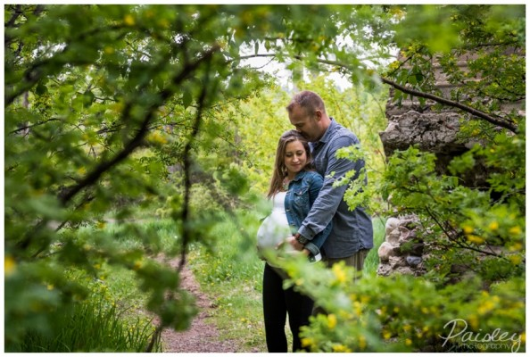 Calgary Maternity Photography – David & Michelle's Fishcreek Park Session