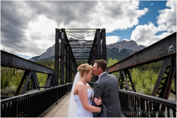 Canmore Wedding Photographer – Kyle & Allison's Rundle View Park Mountain Wedding