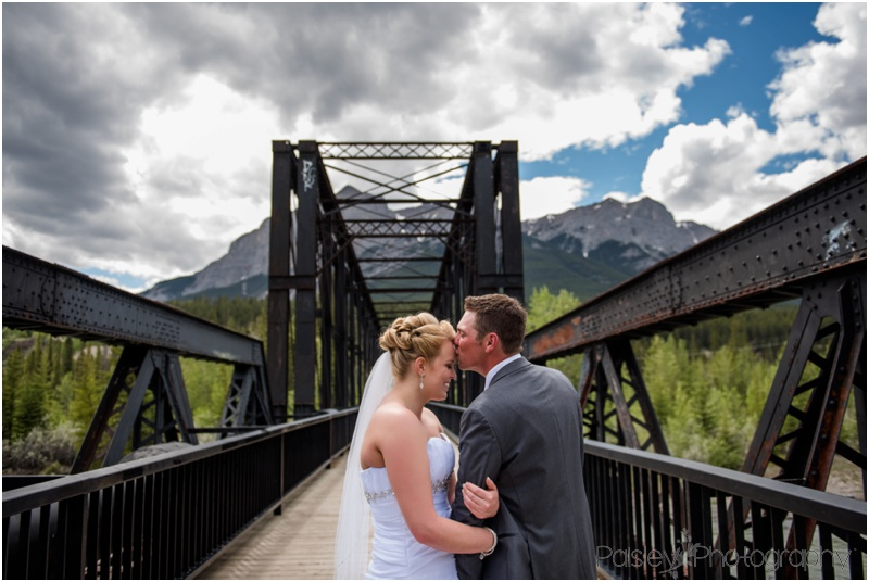 Engine Bridge Canmore Wedding Photos