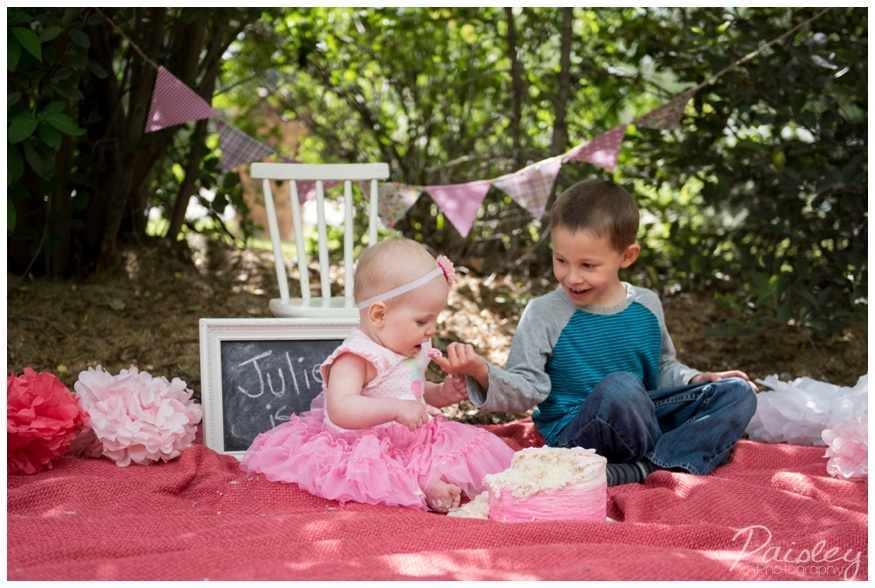 Outdoor 1st Birthday Cake Smash