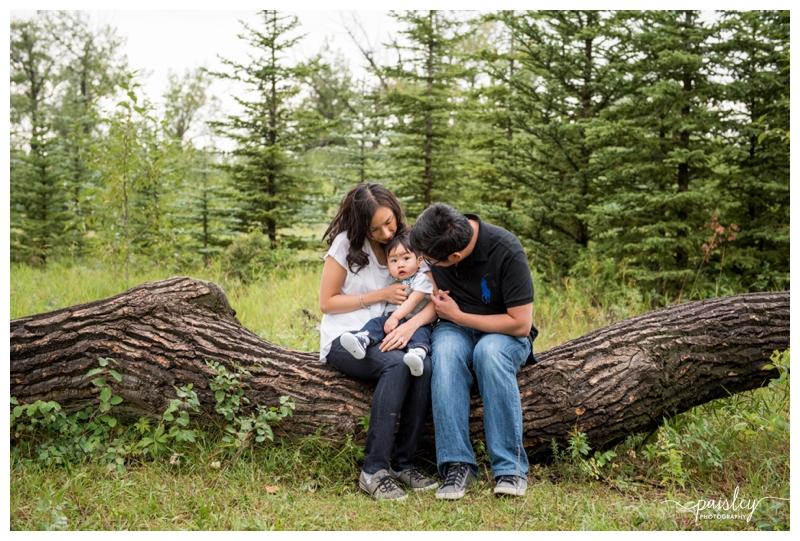 Fish creek Park Family Photography Calgary