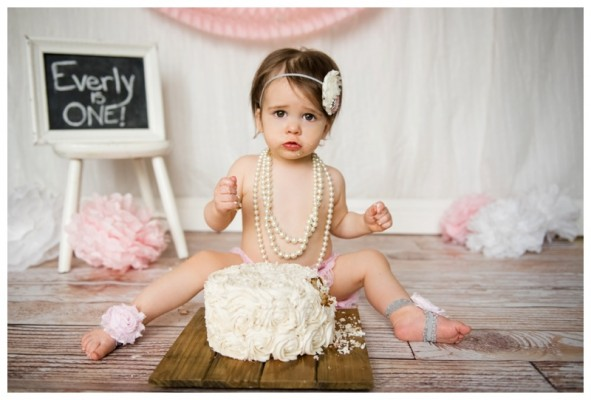 Calgary Cake Smash Photography ~ Everly's First Birthday Cake Smash