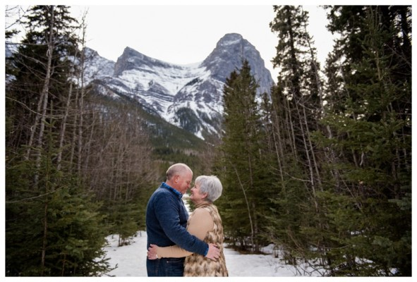 Canmore Couple Photography – 40th Anniversary Session at Quarry Lake Park 40th