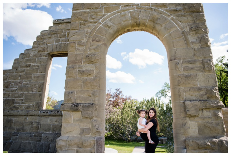 Calgary Maternity session at Rundle Ruins