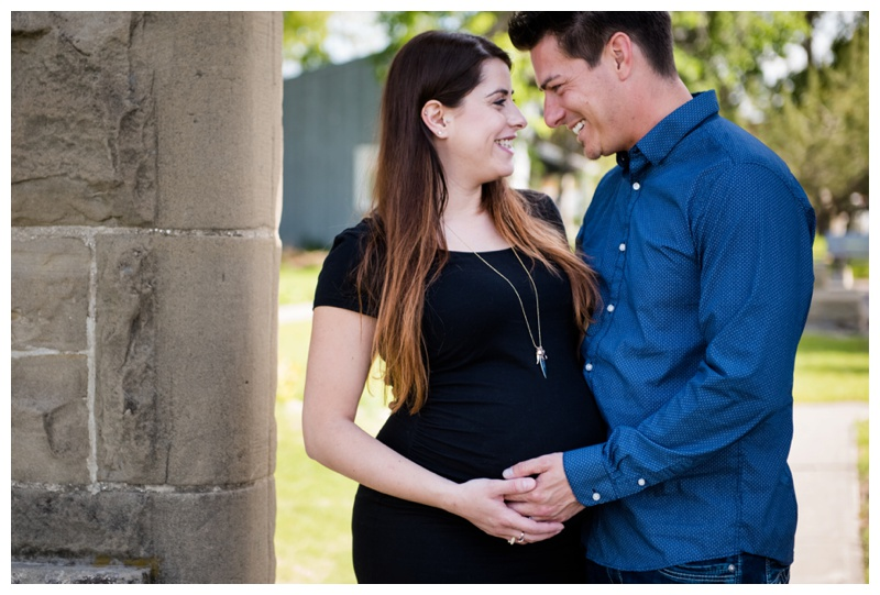 Rundle Ruins Calgary Maternity Session