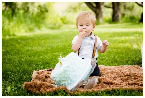 Calgary Outdoor Cake Smash Photography – Theo is ONE!