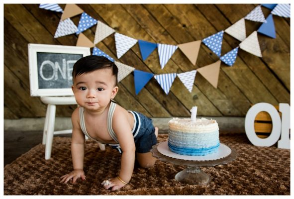 Calgary Nautical Themed Cake Smash Photos – Calgary Photographer