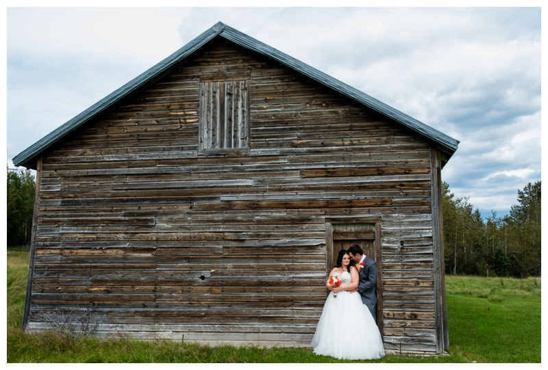 Calgary Barn Wedding Photography