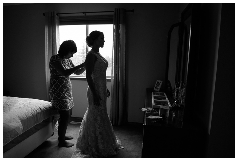 Bride Getting Ready Photos Calgary