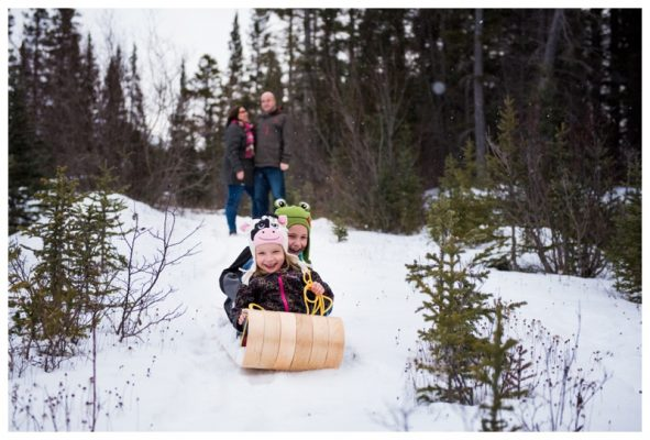 Canmore Tobogganing Family Session – Canmore Photographer