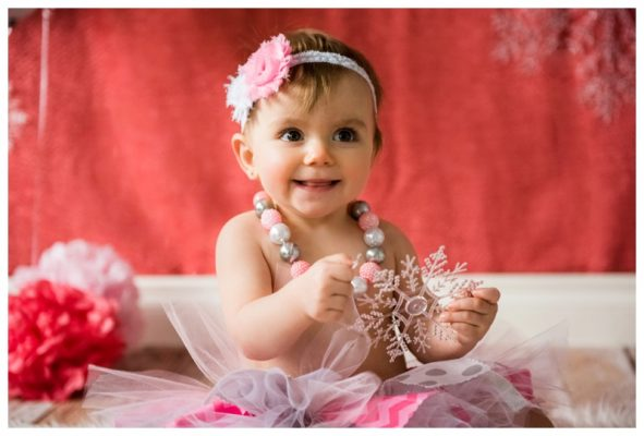 Girlie Winter Cake Smash Session – Madison is ONE!