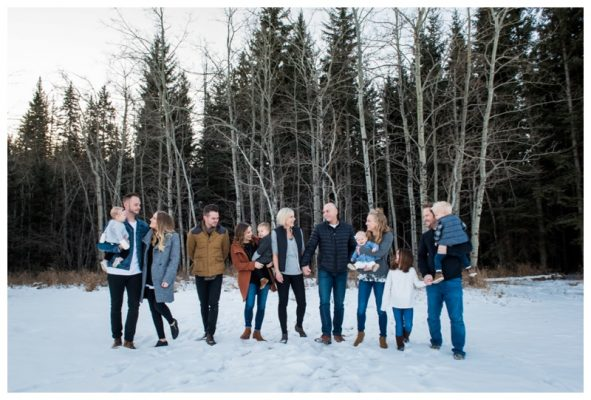 Calgary Winter Extended Family Photography – Family Photography Calgary