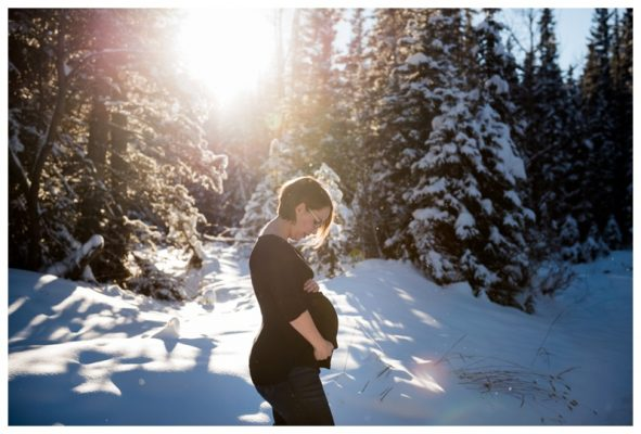Bragg Creek Maternity Photography – Calgary Winter Maternity Photography