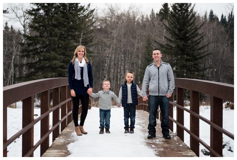 Family Photos Fishcreek Park Calgary