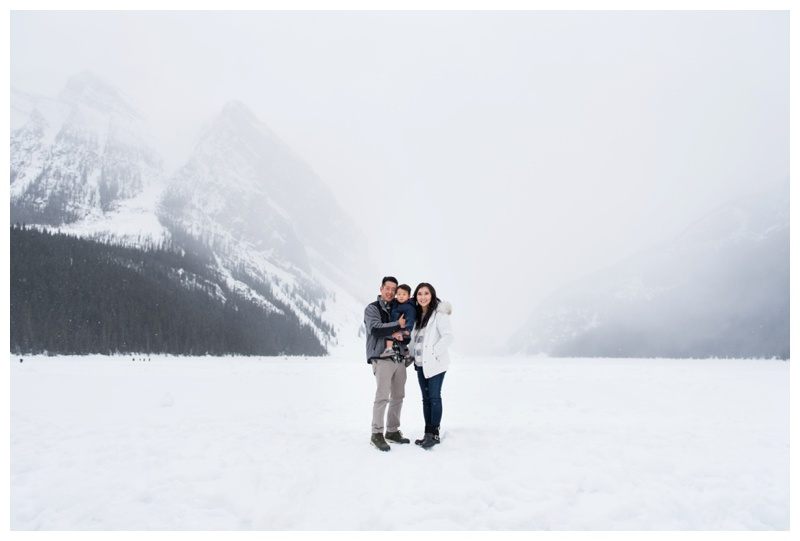 Lake Louise Family Photography
