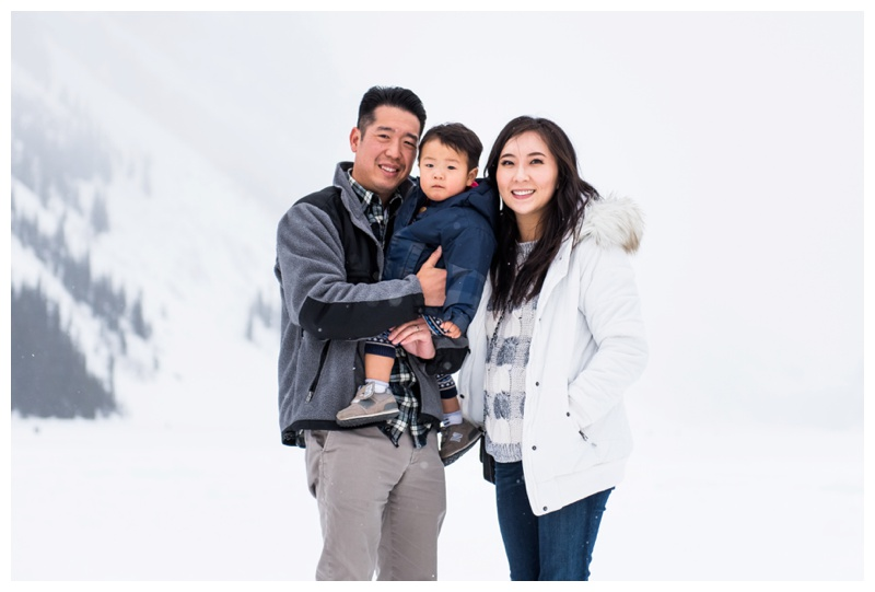 Lake Louise Family Photographer