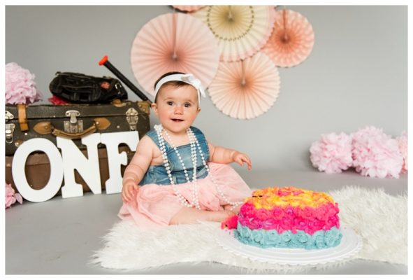Calgary Alberta Cake Smash Photographer | Jordan is ONE!