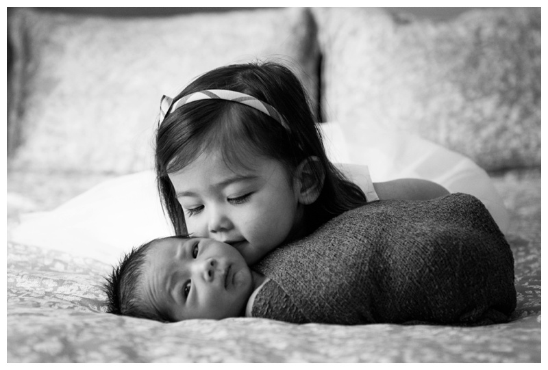 Sibling Newborn Photographer