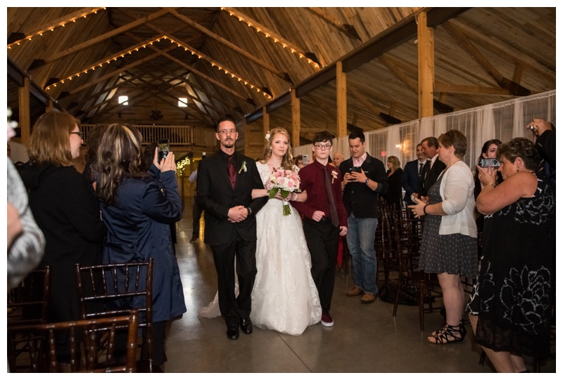 Willow Lane Barn Wedding Photos