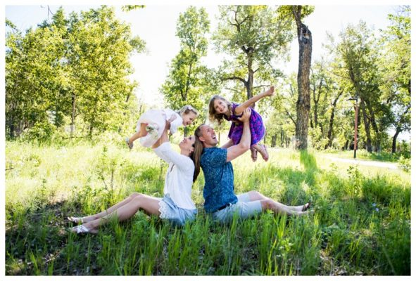 St. Patricks Island Family Photo Session | The Raven's | Calgary Family Photos