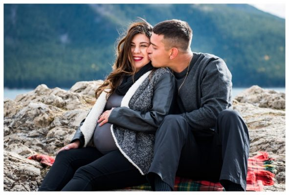 Lake Minniwanka Maternity Photos | Brett & Vanessa | Banff Maternity Photographer