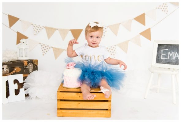 Calgary 1st Birthday Cake Smash Session | Ema Is ONE! | Calgary Cake Smash Photographer