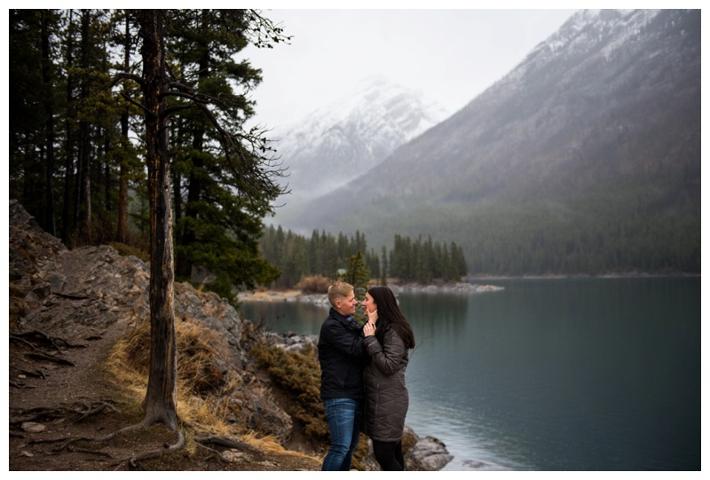Lake Minniwanka Engagement Session Banff