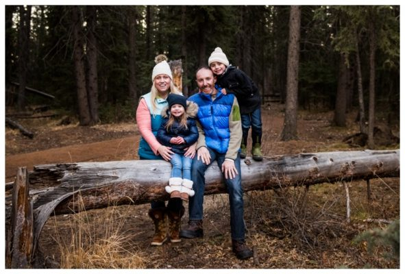 Calgary Winter Fish Creek Park Family Session  | Calgary Family Photographer