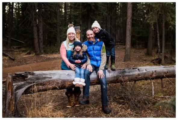 Calgary Winter Fish Creek Park Family Session  | Calgary Family Photographer