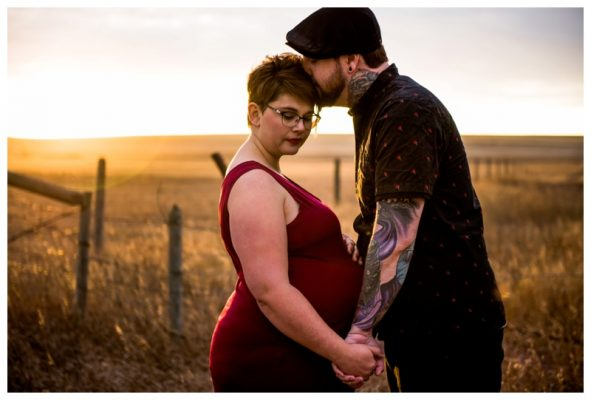 Airdrie Sunset Maternity Photography | Rob & Alicia | Calgary Maternity Photographer
