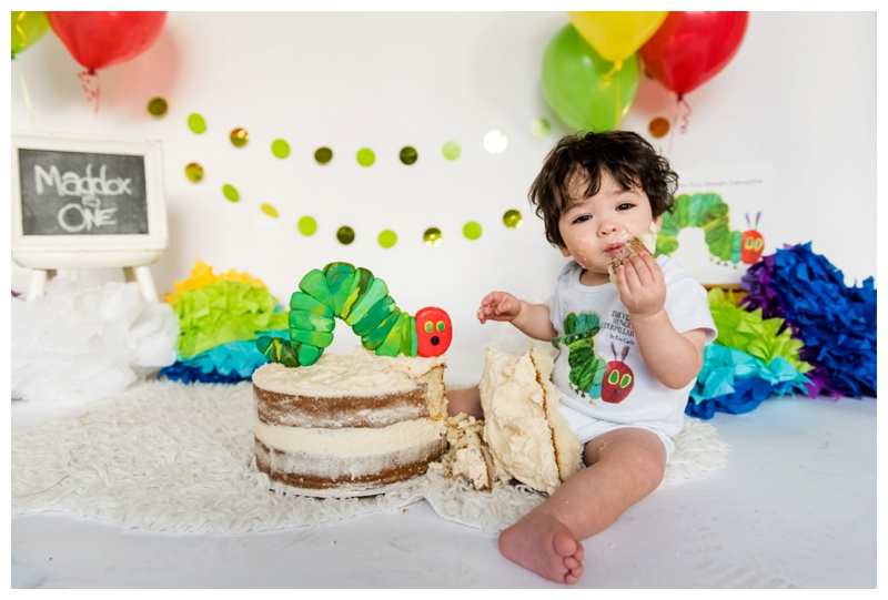 A Very Hungry Caterpillar Cake Smash Session