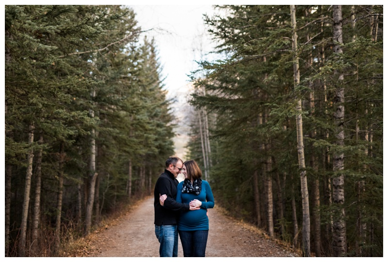 Rocky Mountain Maternity Photos - Canmore Alberta