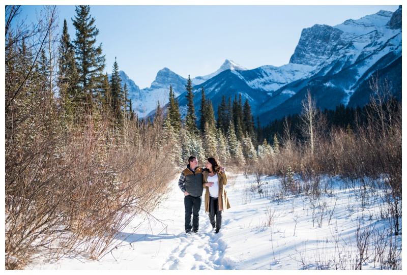 Canmore Winter Maternity Session
