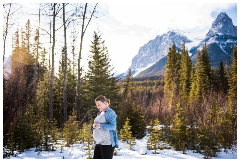Winter Maternity Photography Canmore Alberta