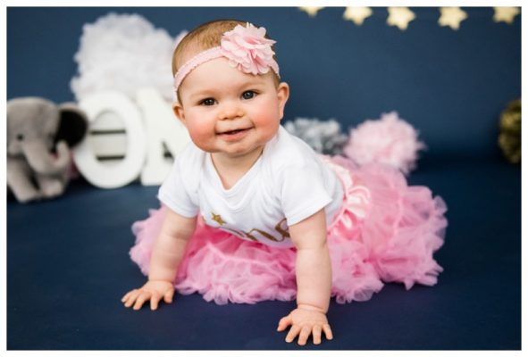 Twinkle Twinkle Little Star Calgary Cake Smash | Kaia is ONE | Calgary Photographer