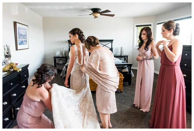 Calgary Wedding Photos - Bridal Prep