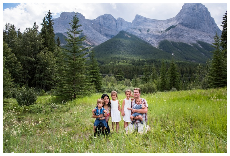 Family Photos Quarry Lake Canmore