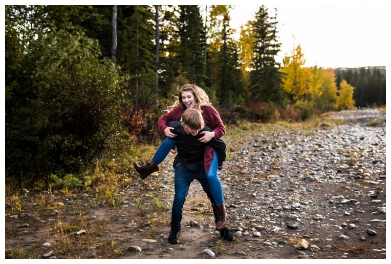 Autumn Engagement Photographer Calgary