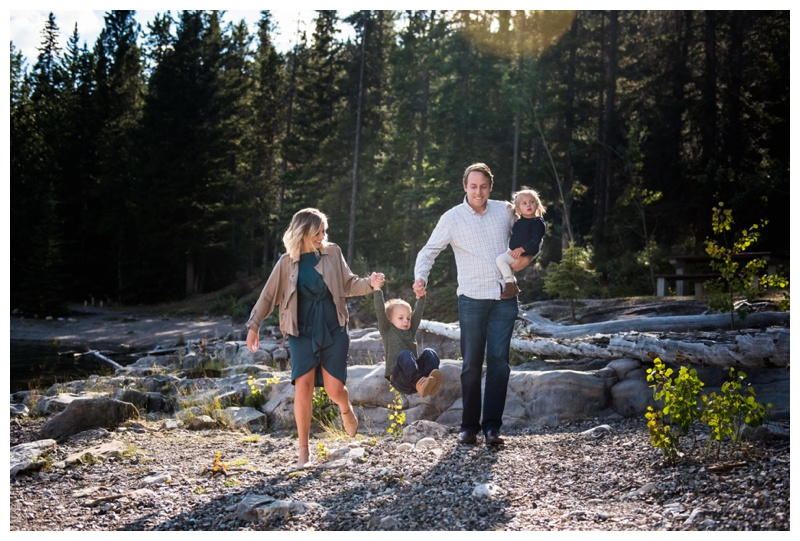 Banff Family Photography - Lake Minniwanka