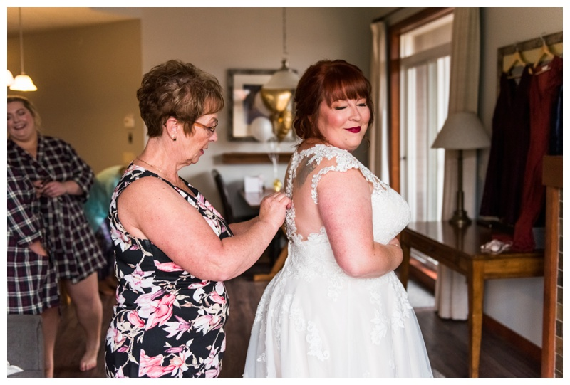 Canmore Mountain Wedding - Bridal Prep